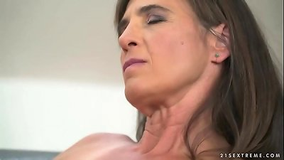 Older woman Mariana riding a dick wild