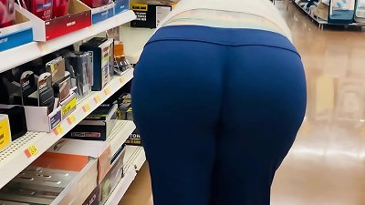 mom big caboose Wedgie at Store